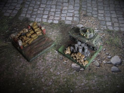 15mm WWII Fuel & Ammo Dumps
